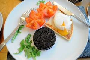 Marag-and-poached-egg